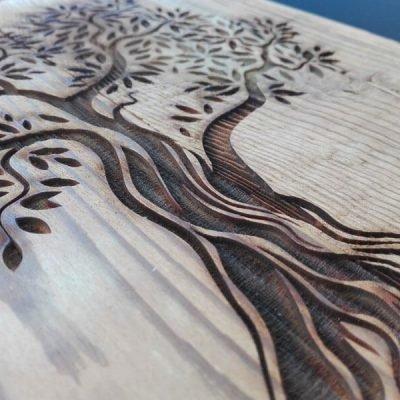 Gravierter Baum © KLENKdesign